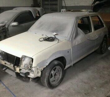 Renault 5 GT Turbo stripped for paint
